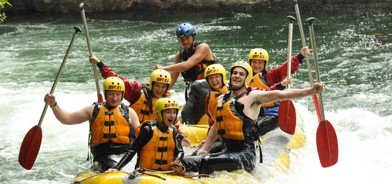 NZ_riverrafting